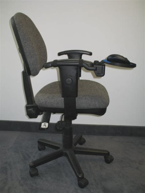 teardrop chair mounted mouse tray by dexterity platforms