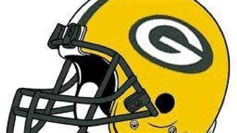 packers release  players wluk