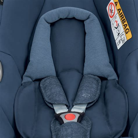 coque siege auto siège auto coque cabriofix nomad blue groupe 0 de bebe