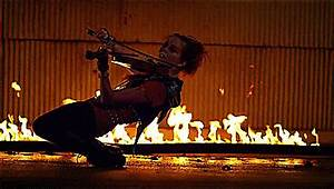 Just one of MANY reasons Lindsey Stirling is the sexiest ...