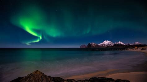 Aurora Borealis Hd Desktop Wallpaper High Definition