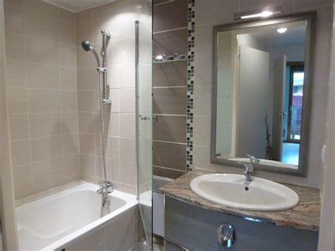 revger am 233 nagement salle de bain surface avec baignoire id 233 e inspirante pour la