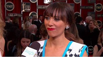 Rashida Jones Tan Reporter Ethnic Correcting Tactfully