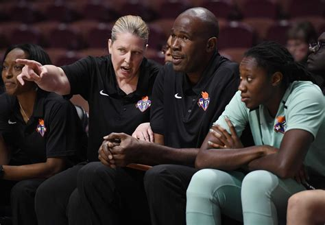 Wnba Players Executives Weigh In On Plight Of