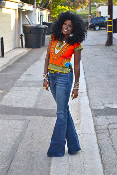 Style Pantry | 70s Dashiki + 70s High Waist Bell Bottom Jeans