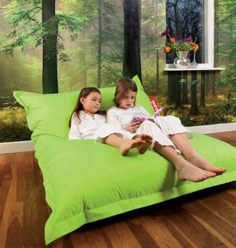 canape de jardin en bois le gros coussin pour canapé en 40 photos