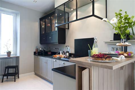 am駭agement cuisine petit espace une cuisine sur mesure dans un petit espace ambiance