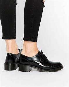 Dr Martens Dr Martens Adelaide Henrietta Chaussures richelieu à talon moyen Noir chez ASOS