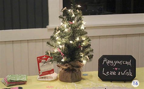 christmas gufts for desk mates the best gift card tree and gift card wreaths gcg