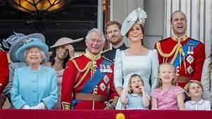 Actualité Famille Royale : les enfants de la famille royale anglaise ont encore vol la vedette la reine ~ Medecine-chirurgie-esthetiques.com Avis de Voitures
