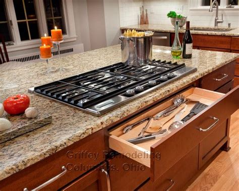 kitchen island designs with cooktop 264 best images about sixth street minot on pinterest 2nd floor paint colors and arts crafts