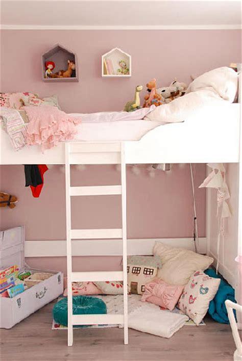 chambre poudré couleur déco pour la peinture chambre fille peinture poudré lits superposés blancs et