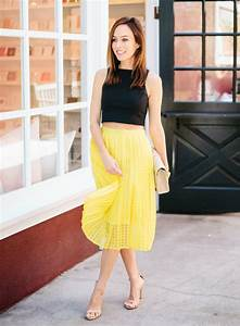 Outfit Yellow Skirt