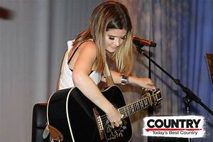 Maren Morris Up Close Personal Country 1067