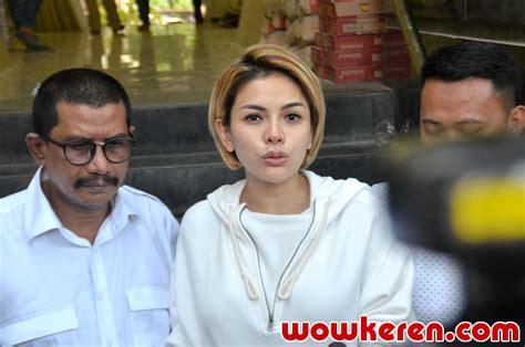 Akui Masih Tak Pede Intip Potret Nikita Mirzani Perdana