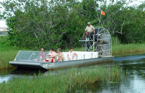 Everglades Airboat Tours Gator Park by Gator Park Airboat Tours South Florida Finds