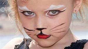 Maquillage Simple Enfant : 3 id es maquillages halloween 100 maison pour une f te r ussie ~ Melissatoandfro.com Idées de Décoration