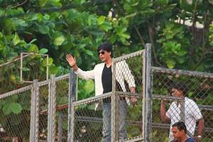 SRK Slapped With Rs. 1.94-Lakh Fine For Construction Of ...