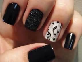 Lush fab glam azine style me pretty black and white
