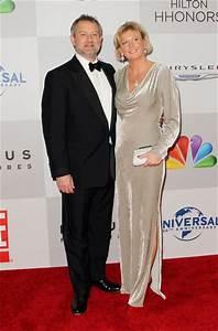 Hugh Bonneville: Net worth, House, Car, Salary, Wife ...