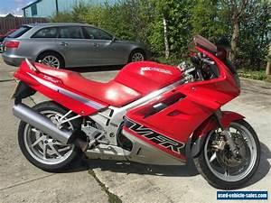 Honda Vfr 750 : 1993 honda vfr 750f for sale in the united kingdom ~ Farleysfitness.com Idées de Décoration