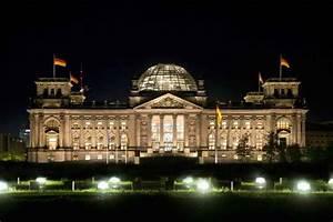 Größte Leuchtenhersteller Deutschland : highlight web neues licht am reichstag ~ Markanthonyermac.com Haus und Dekorationen