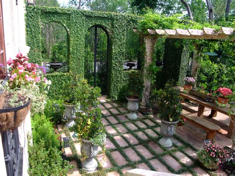 mediterranean backyard landscaping ideas mediterranean backyard in houston mediterranean landscape houston by nature s realm