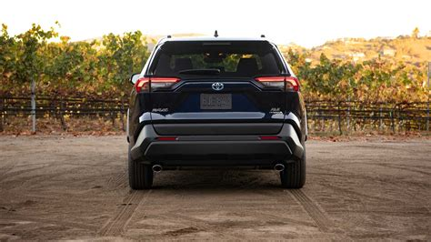 Luxury Suv Reviews by Luxury Suv 2019 Toyota Rav4 Concept And Review Review
