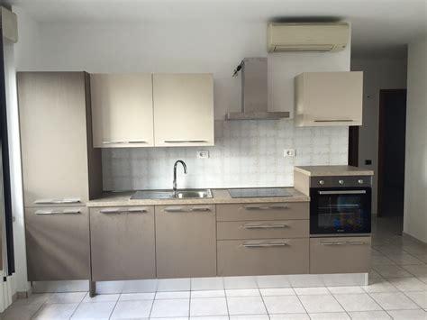 ladari per cucine moderne cucine moderne mini cucine progettate per piccoli spazi