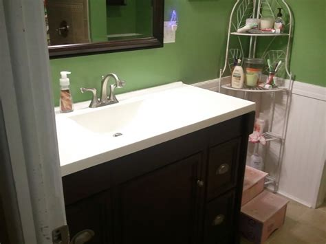 Bathroom Sink Backsplash Ideas?  Interior Decorating