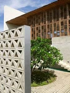 Claustra Beton Blanc : claustra en b ton blanc x x p 9 cm a voir en 2019 house styles outdoor decor et ~ Melissatoandfro.com Idées de Décoration