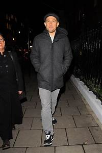 Charlie Hunnam Out In London As New Trailer For The Lost