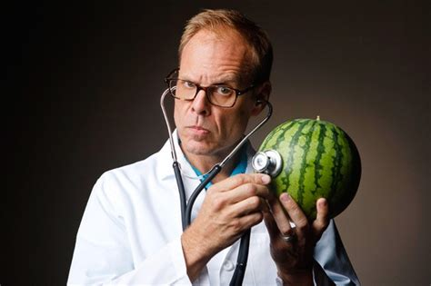 Alton Brown Good Eats, mad science and masculinities in