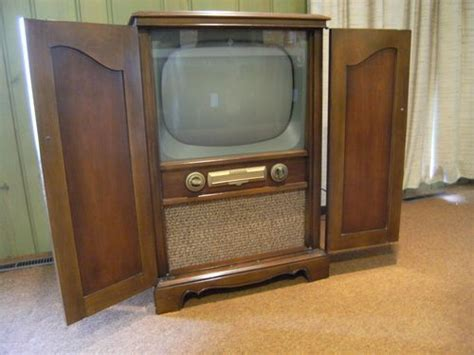 mahogany tv cabinet with doors vintage sentinel tv console 19 quot mahogany wood cabinet w