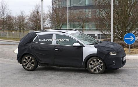 Kia Fiat by New Kia Stonic Is Korea S Take On The Fiat 500x And Nissan