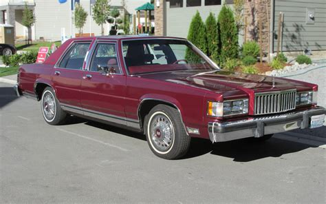 Perrrrfect: 1985 Mercury Grand Marquis LS