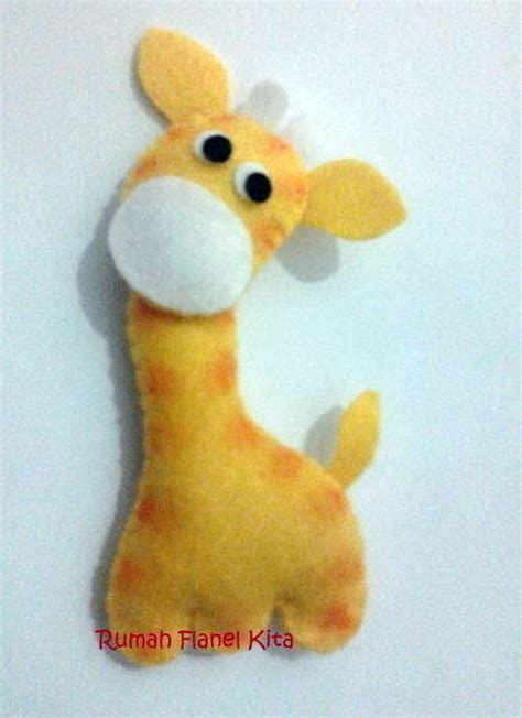 smal animal felt doll  giraffe plushie creation