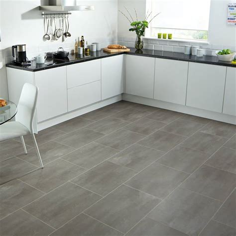 Vinyl Tile & Plank Flooring for Multifamily Projects