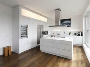 pvc boden küche die besten 17 ideen zu moderner kücheninsel auf küche und esszimmer kücheninsel