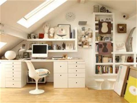 bureau sous combles optimiser espace bureau sous les combles par