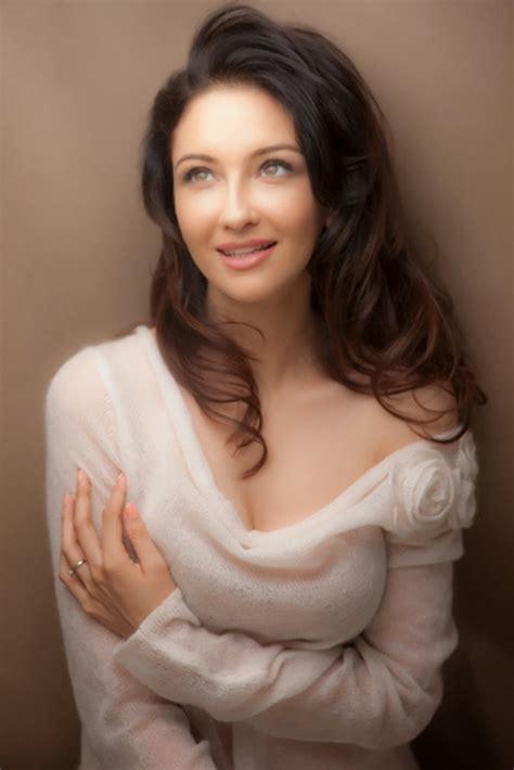Saumya Tandon Hot Hd Wallpapers Free India And World Top Ten