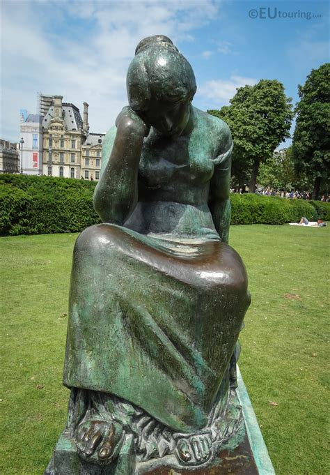 Photos of Douleur statue by A Maillol in Jardin du ...