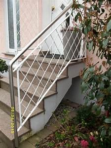 Treppengel nder mit handlauf aus edelstahl f r aussen in for Handlauf für treppengeländer