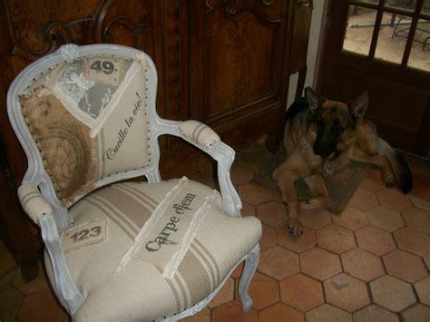canapé ancien velours relooking fauteuil bergère style cagne chic grain de