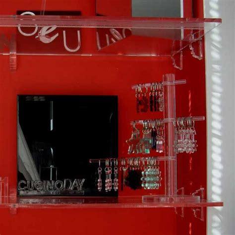 Mensole Sagomate by Mensole Plexiglass Con Reggimensole Sagomate Ludovic