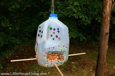 easy diy bird feeders