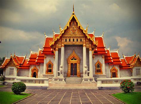 10 Spectacular Temples Of Bangkok