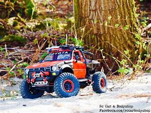 Axial SCX 10 Toyota Hilux truggy. Custom build by us ...