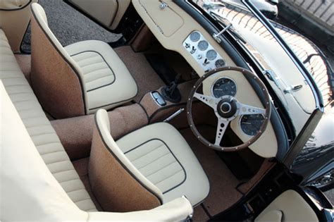 Cars Interior Classic : 1000+ Ideas About Vintage Car Interiors On Pinterest