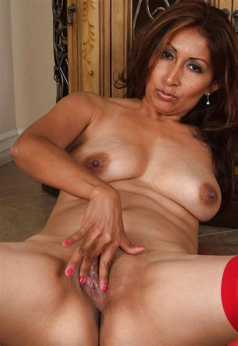 Mature Sex Indian Mature Pussy From Behind